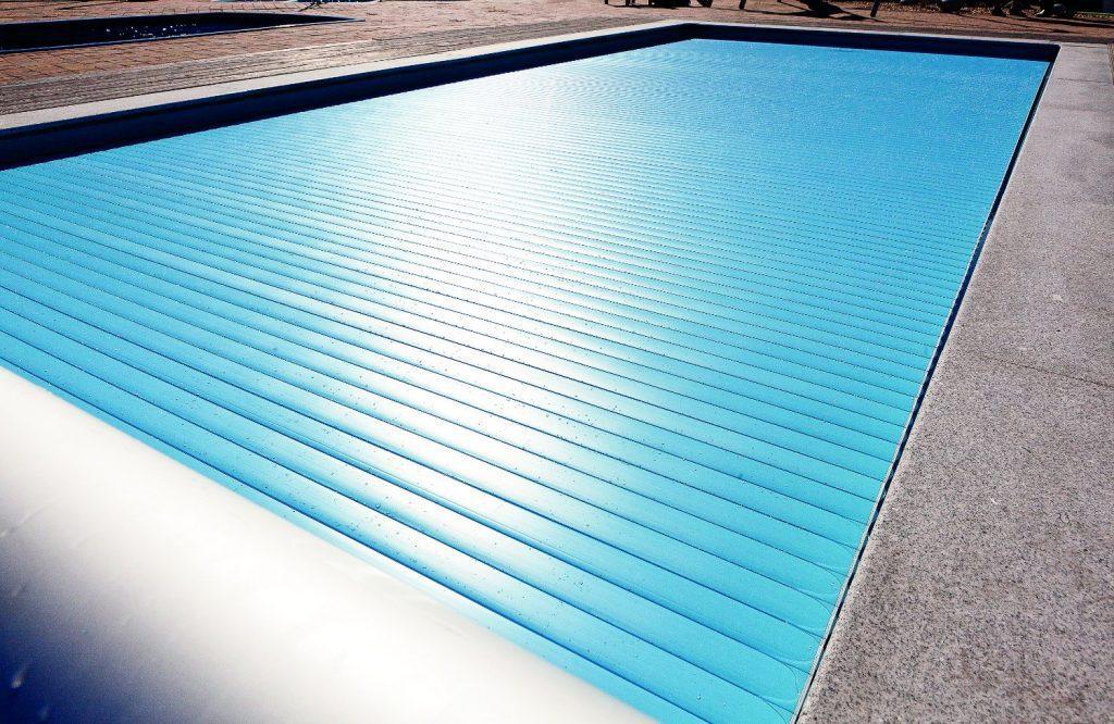 Prelate de vara izotermice pentru piscine for Piscine cora 2017