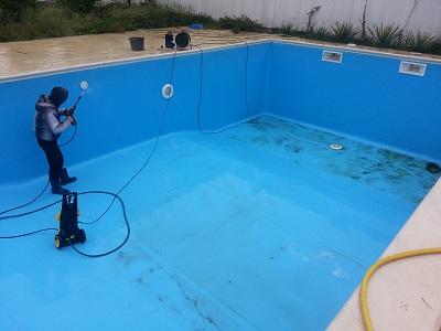 servicii intretinere piscina